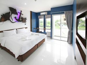 Anna Nava Pakkret Hotel