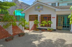 Найроби - Lowela Hotel