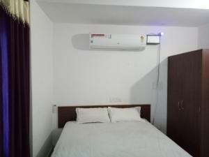 Hotel Sitara Green