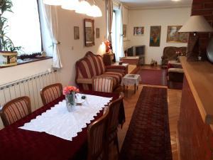 De Luxe Residence, Vily  Visoko - big - 36