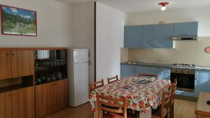 Residence Campicioi, Apartments  Pinzolo - big - 28