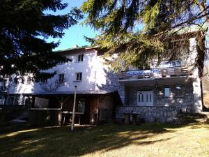 Lodge Buzludzha