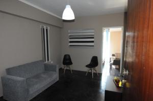 Kinetta Apartments