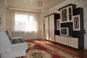ZhK Aisanam, Appartamenti  Taldykol' - big - 10