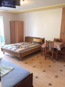 Apartments Cecunjanin