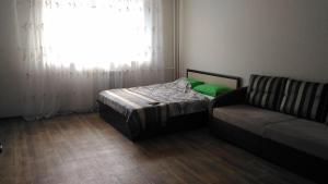 Apartment on Chetaeva 10