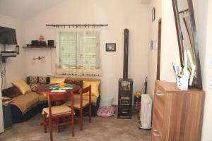 Eco Healthy House, Nyaralók  Tivat - big - 7