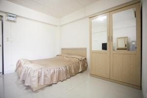 Maxliving, Hostelek  Nonthaburi - big - 2