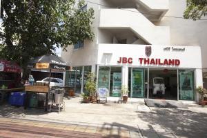 Maxliving, Hostels  Nonthaburi - big - 1