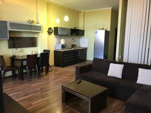 Luxury Seaview apartments in Arcadia, Apartmanok  Odessza - big - 4