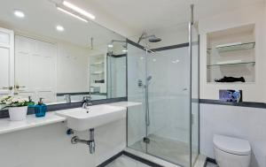 Genteel Home Galera, Apartmanok  Sevilla - big - 13
