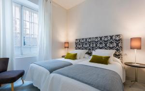 Genteel Home Galera, Apartmanok  Sevilla - big - 11