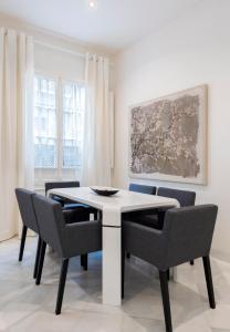 Genteel Home Galera, Apartmanok  Sevilla - big - 9