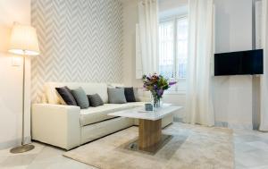 Genteel Home Galera, Apartmanok  Sevilla - big - 10
