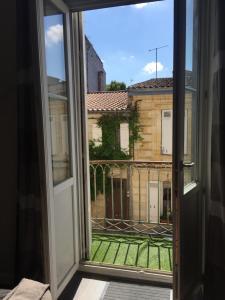 Le Montgolfier, Апартаменты  Бордо - big - 10