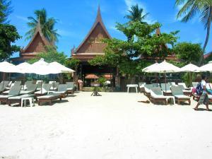 White House Beach Resort