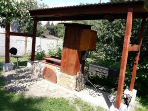 House near Thermal Pool, Nyaralók  Beregszász - big - 11