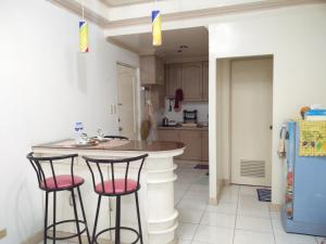 1BR Condo at Lansbergh Place, Apartments  Manila - big - 10