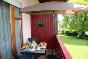 Landhaus Vogelweide - 2 Zimmer mit Balkon, Ferienwohnungen  Bad Füssing - big - 13