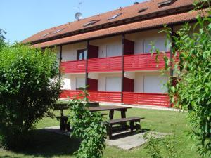 Landhaus Vogelweide - 2 Zimmer mit Balkon, Apartments  Bad Füssing - big - 12