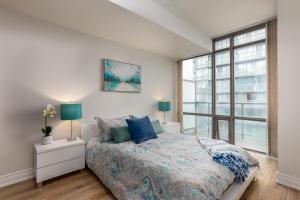 Luxury Sub-Penthouse in Downtown Toronto, Appartamenti  Toronto - big - 1