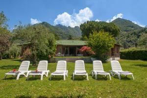 Villa La Darsena, Villas  Marone - big - 32