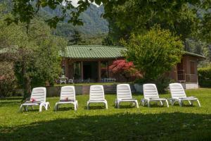 Villa La Darsena, Villas  Marone - big - 33