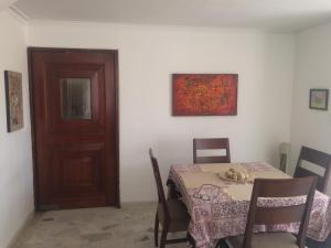 Casa Amplia, Bed & Breakfasts  Santa Marta - big - 8
