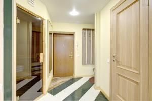 Apartments on Tihoretskiy Prospekt, Ferienwohnungen  Sankt Petersburg - big - 7