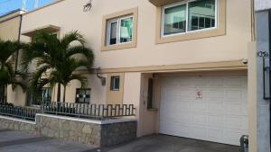 Price Los Pinos Casa-Habitación
