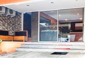 RedDoorz near Exit Tol Pasteur, Pensionen  Bandung - big - 19