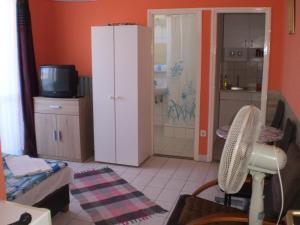 Tarr Apartmanok, Pensionen  Keszthely - big - 40