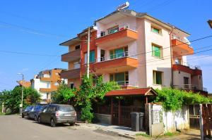 Guest House Savovi