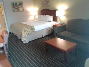 Baymont Inn & Suites - Clarksville, Hotels  Clarksville - big - 16