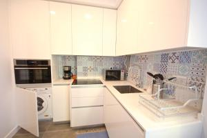 Akicity Marques Star III, Apartmanok  Lisszabon - big - 15