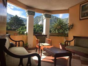 Hotel Acapulco, Baños