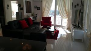 Maple Leafs Penthouse, Apartmány  Angeles - big - 38