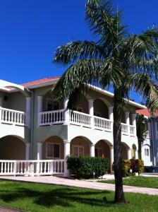 Sunset Villas 7A