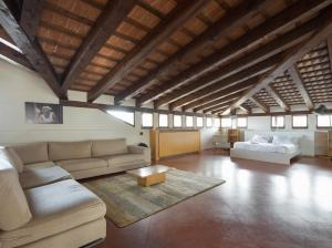 Villa Classica XL, Villas  Trieste - big - 8