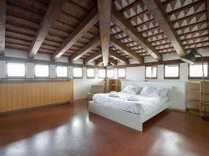 Villa Classica XL, Villas  Trieste - big - 42