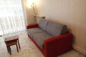 Spacieux 2 pièces traversant, ADL RIVIERA, Apartmány  Cannes - big - 6
