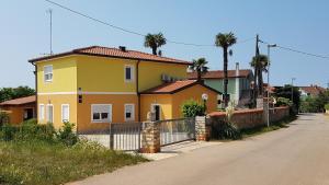San Lorenzo Apartments, Penziony  Lovrečica - big - 41