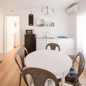 Roma Xl, Apartments  Trieste - big - 19