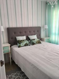 Apartamento nuevo 1ª linea de playa, Apartmány  Rincón de la Victoria - big - 3