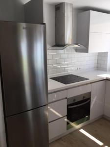 Apartamento nuevo 1ª linea de playa, Apartmány  Rincón de la Victoria - big - 4