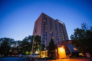 DoubleTree by Hilton Minneapolis Park Place