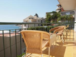Capt.Krzanic, Apartments  Podgora - big - 1