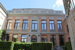 Hotel d'Alcantara, Турне