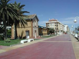 Apartamento nuevo 1ª linea de playa, Apartmány  Rincón de la Victoria - big - 9