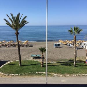 Apartamento nuevo 1ª linea de playa, Apartmány  Rincón de la Victoria - big - 11